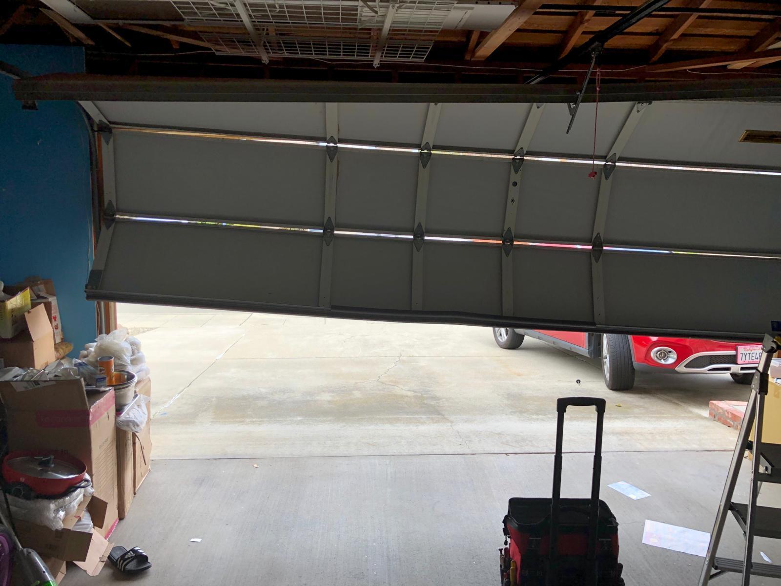 Attirant Garage Door Repair | BAY AREA   (415) 494 4472